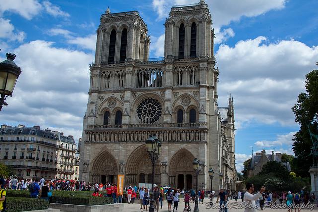 ノートルダム大聖堂 パリ